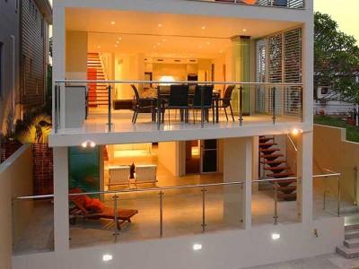 Design 9 Framed Glass Balustrade