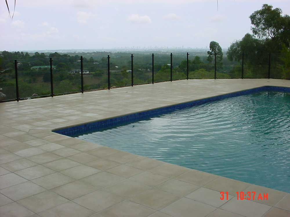 Glass pool fencing semi frameless design 8 fencing for Pool fence design qld